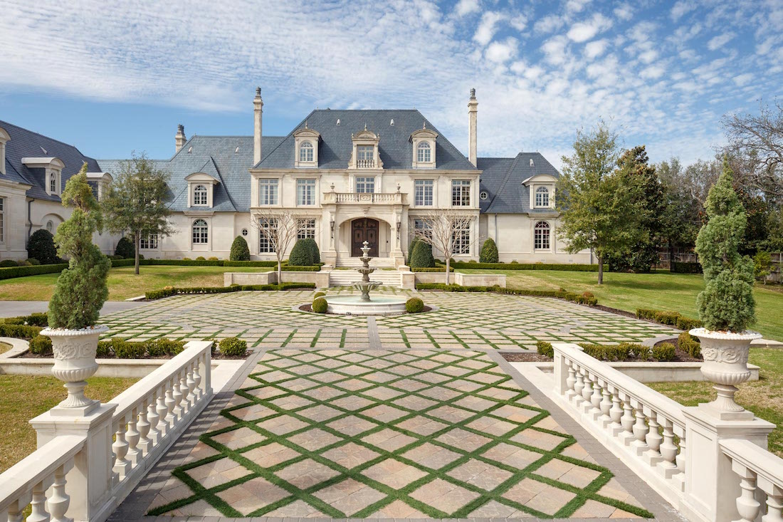 texas dentist re lists 8 bed 22 bath 37 000 sq ft manor with