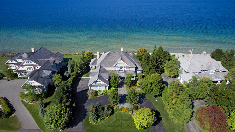 Lake michigan dream home to be auctioned on june 28 2016 for Dream homes in michigan