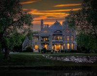 17 Bed, 19 Bath c.1886 Castle Goes On Sale For $3.5-Million in Kansas (PHOTOS)