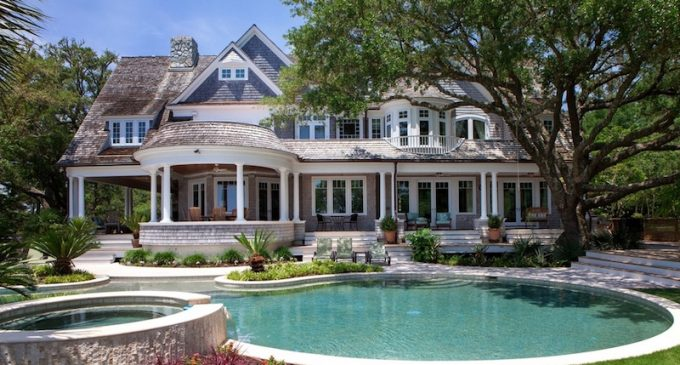 Beautiful Shingle-Style Home From the Film 'Tammy' Sells For $3.295-Million (PHOTOS)