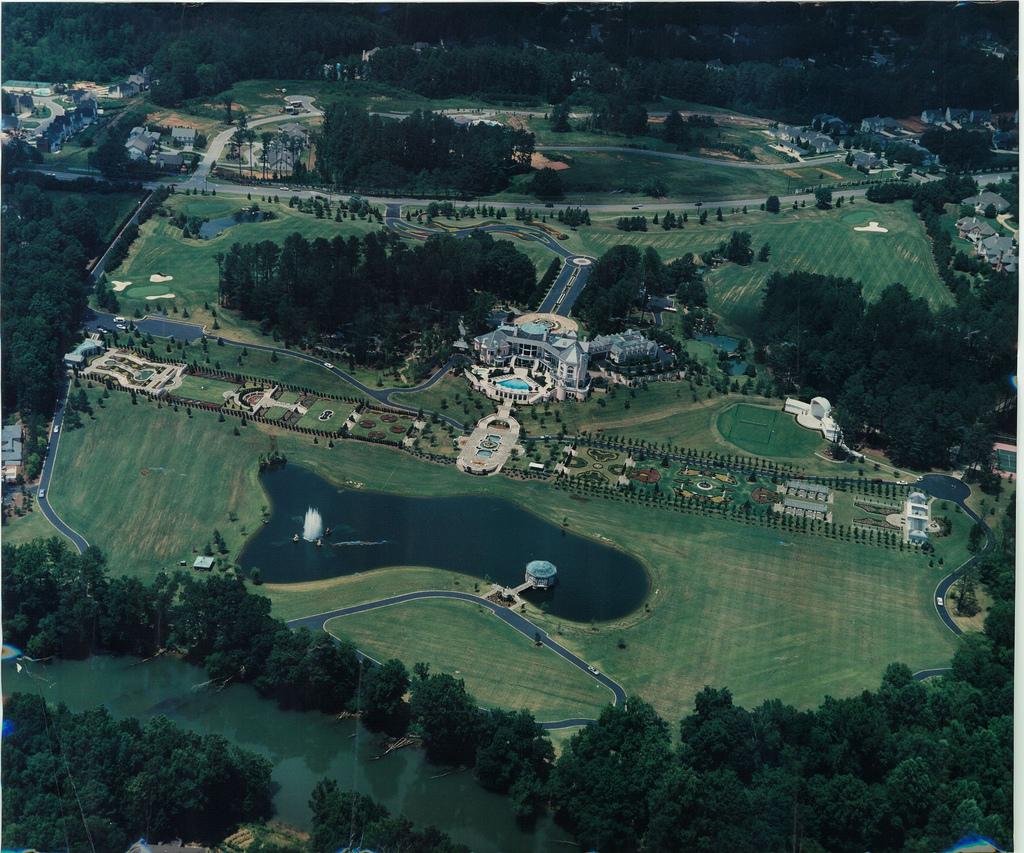 dean_gardens_aerial