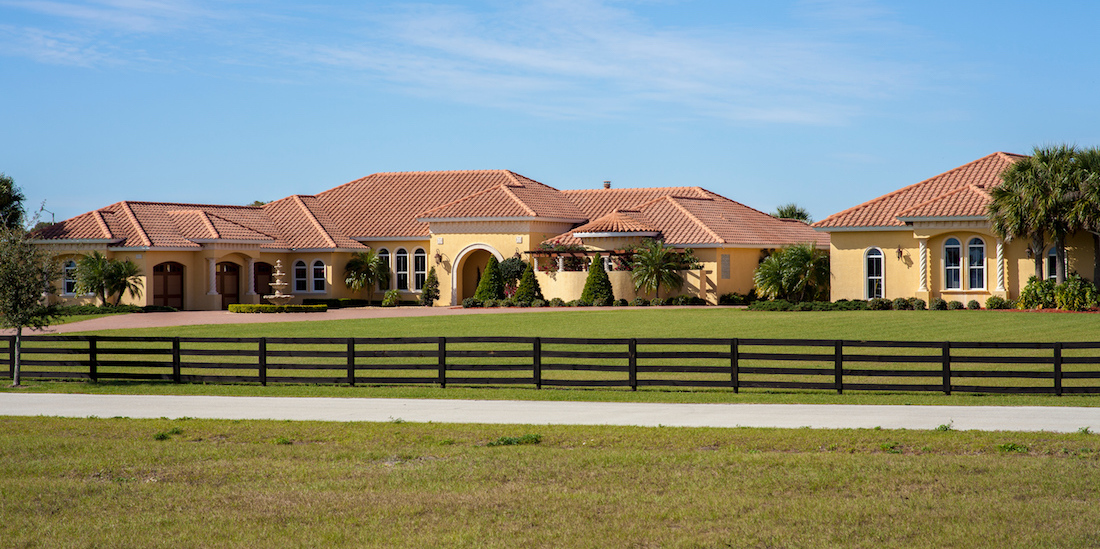 5-Acre Lake Placid, FL Estate With Resort-Style Oasis