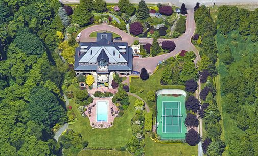 A Look at Riverdale's Cheryl Blossom Family Mansion, Located in Langley, BC (PHOTOS)