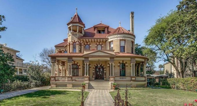 "San Antonio, Texas' Historic c.1891 ""Kalteyer House"" Yours For $2.7-Million (PHOTOS)"