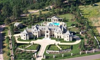 13,700 Sq. Ft. Colorado Springs, CO Château With 5 Beds & 10 Baths Lists For $6-Million (PHOTOS)