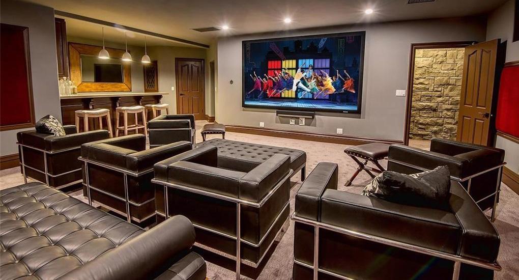 Inside YouTuber Jake Paul's New $7M Team 10 HQ in ...
