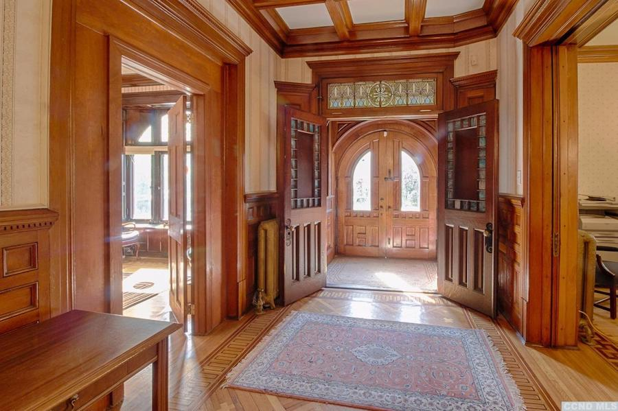 Deal Of The Week Albany Ny S Historic Charles Ladow