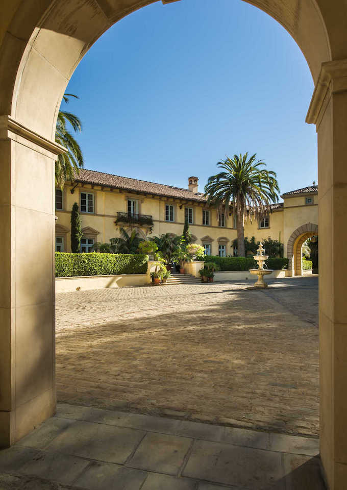 14 500 Sq Ft Beverly Hills Mansion Formerly Owned By