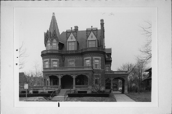 1896 Victorian Goldberg Mansion For Sale In Milwaukee Wisconsin