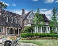 Historic c.1903 'Castle Crest' Mansion in Jackson, MS for $1.7M (PHOTOS)
