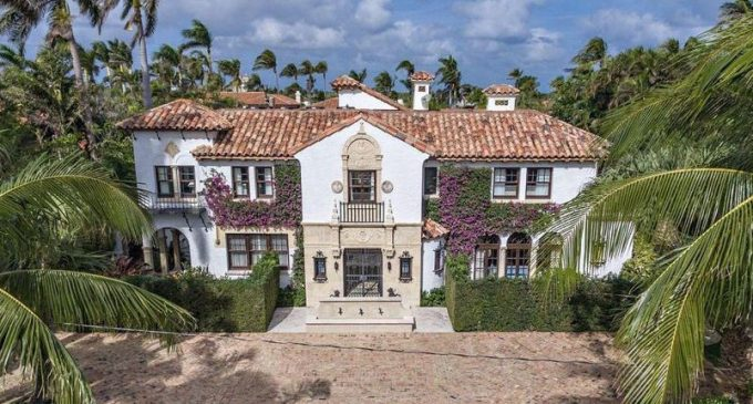 Historic Mediterranean Home Designed By Architect John Volk Hits The Market In Palm Beach Fl For 12 9m Photos