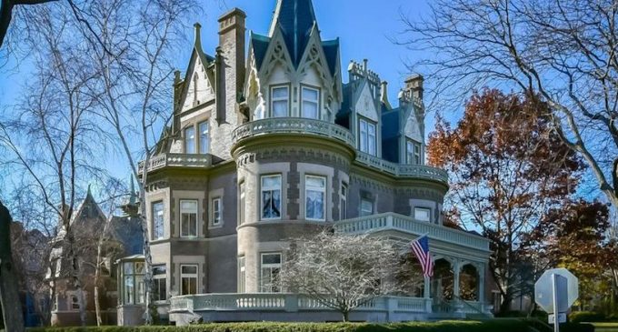 Historic c.1896 'Goldberg Mansion' Bargain Priced in Milwaukee, WI for $1.6M (PHOTOS)