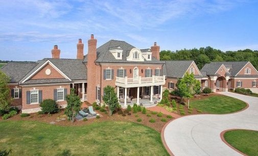 8,000 Sq. Ft. Brick & Stone Manor on 6-Acres in Manitowoc, WI for $1.8M (PHOTOS)