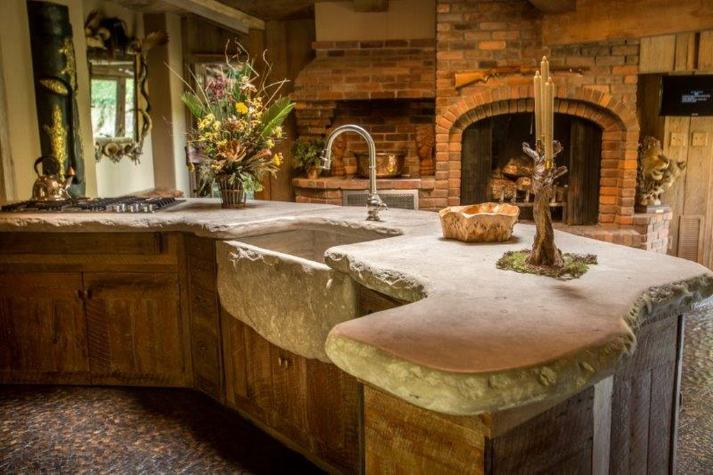 Springfield, MO's $15M 'African Queen' Estate Is One Of