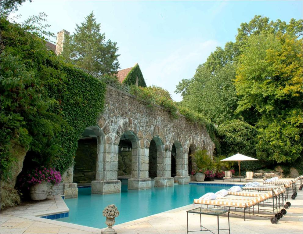 Greenwich Ct S Historic C 1927 Ream Chateau On The Market