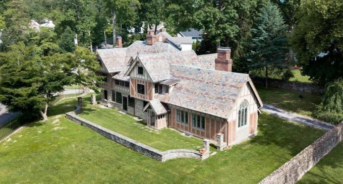 Restored c.1925 Assisi Residence Designed byFrank Stephens in Wayne, PA Reduced to $1.79M, Prev. $1.94M (PHOTOS)
