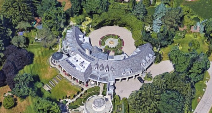 Inside the Crescent-Shaped Bloomfield Hills, MI Mansion Designed by Young & Young Architects (PHOTOS)