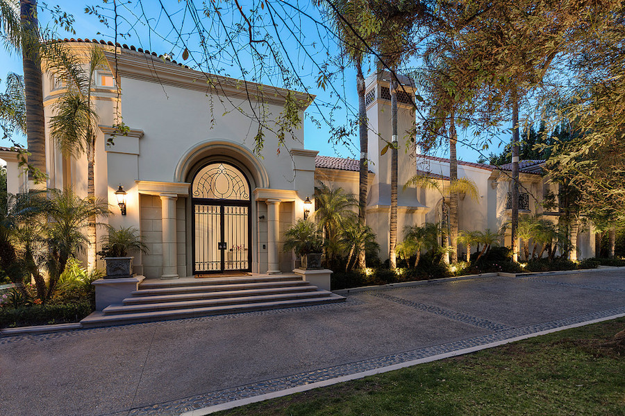 Newly Modernized Historic C 1927 36 000 Sq Ft Los