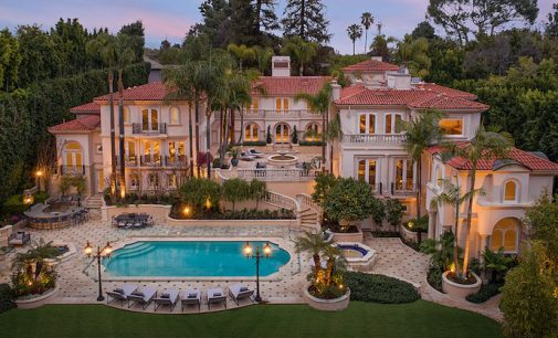 Newly Modernized Historic C 1927 36 000 Sq Ft Los Angeles Mansion Lists For 49 9m Photos