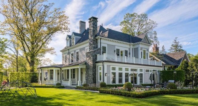 Historic c.1900 Victorian Home in Riverside, CT Lists for $6.5M (PHOTOS)