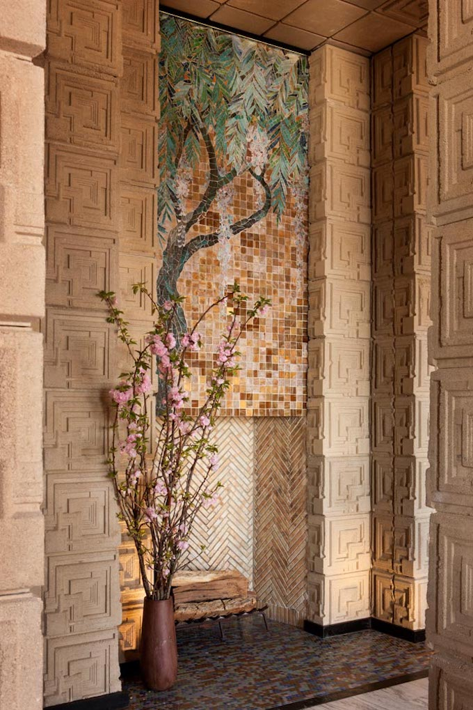 Frank Lloyd Wright S Landmark Ennis House Lists In Los