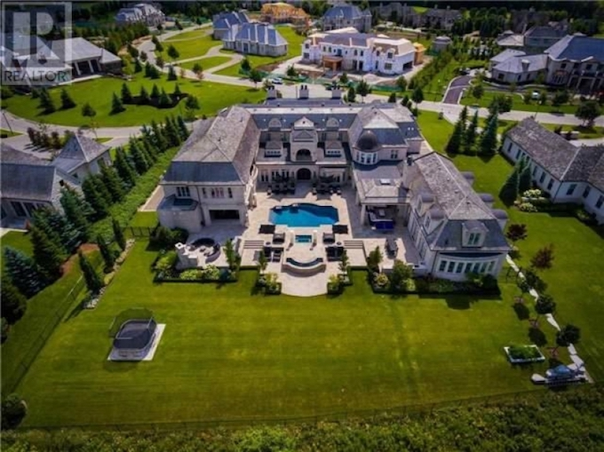 30 000 Sq Ft Mansion In Aurora On S Gated Adena Meadows