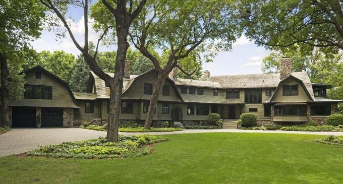 Historic C 1906 Dutch Colonial On Lake Minnetonka Reduced To 2 99m