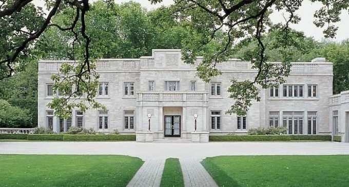 Historic c.1929 Winnetka, IL Manor on 1.25 Reduced to $4.7M (PHOTOS)