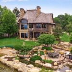 Lakefront Dream Home with 350′ of Frontage on Prior Lake Reduced to $3.9M, Prev. $4.9M (PHOTOS)