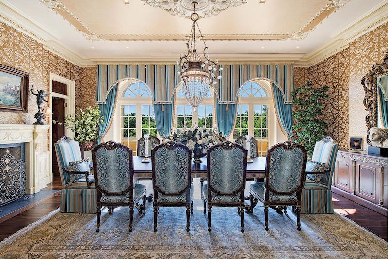 16 000 Sq Ft Naples Fl Mansion With 277 Of Sandy