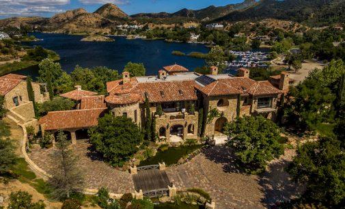 Lake Sherwood's Villa del Lago Sells for $19M (PHOTOS)