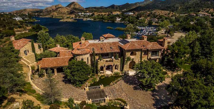 Lake Sherwood's 24,000 Sq. Ft. Villa del Lago Sells for $19M (PHOTOS)