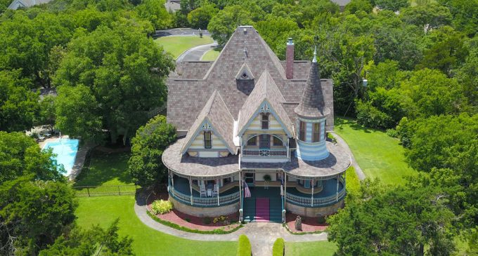 c.1897 Queen Anne Victorian in Weatherford, TX Lists for $1.19M (PHOTOS)