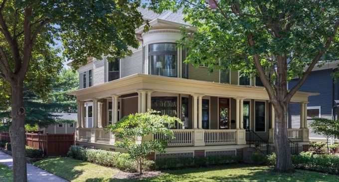Historic c.1893 James Cleary House in Saint Paul, MN Sells for $889K, Prev. $1M (PHOTOS)