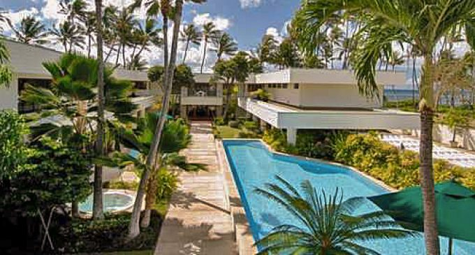 18,000 Sq. Ft. Beachfront Kahala Mansion Sells for $15.2M, To Be Demolished (PHOTOS)