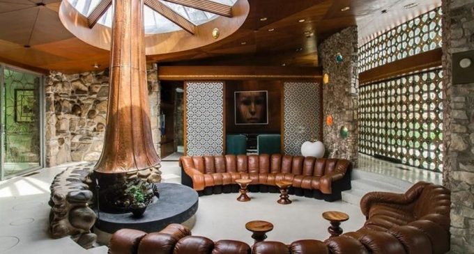 1960s Mid-Century Modern Round House Lists in Dallas, TX for $1.72M (PHOTOS)
