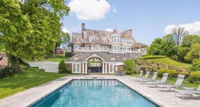 Shope Reno Wharton Masterpiece with 1,110′ of Waterfront Sells for $12.75M, Prev. $22M (PHOTOS)