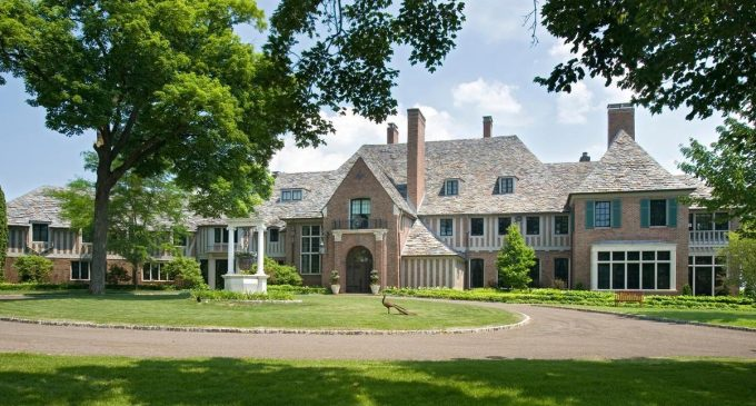 Demolition Permit Issued for Historic 32,000 Sq. Ft. Pillsbury Mansion on Lake Minnetonka (PHOTOS)