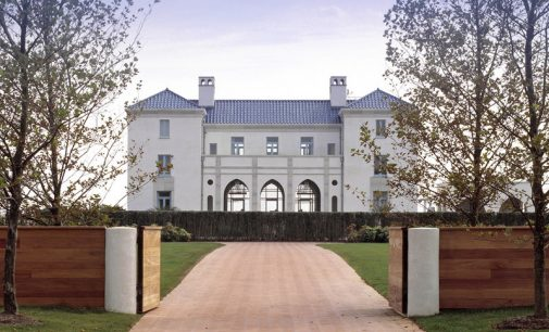 Palladian-Inspired Villa on the Atlantic by Ike Kligerman Barkley (PHOTOS)