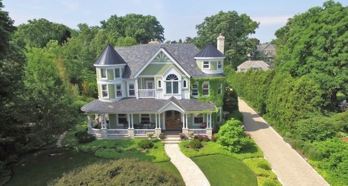 Victorian-Style Dream Home in Kenilworth, IL for $4.27M (PHOTOS & VIDEO)