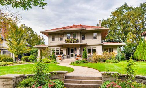 Historic c.1922 Home on Saint Paul, MN's Summit Avenue for $949K (PHOTOS)