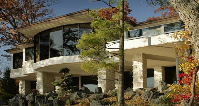 Contemporary Island Lake, MI Home Designed by DesRosiers Architects Reduced to $4.9M (PHOTOS)