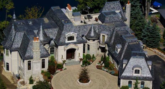 Upper Straits Lake Manor Designed by DesRosiers Architects Reduced to $6.9M (PHOTOS)
