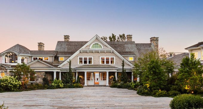 New England Waterfront Residence by Brooks & Falotico and Hobbs, Inc. (PHOTOS)