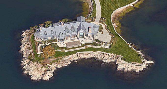 Greenwich Coastal Retreat by Shope Reno Wharton & Linda Ruderman Interiors (PHOTOS)