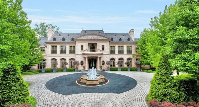 27,000 Sq. Ft. Richard Landry Masterpiece in Winnetka, IL Reduced to $9.9M, Prev. $32M (PHOTOS)