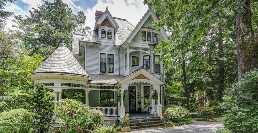 The Wright Inn and Carriage House, An Asheville, NC Gem on the Market for $1.99M (PHOTOS)