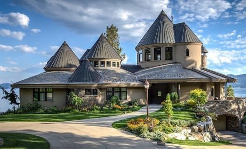 Entrepreneur Jaclin Smith's Lake Pend Oreille Waterfront Estate in Sandpoint, ID for $14.35M (PHOTOS)