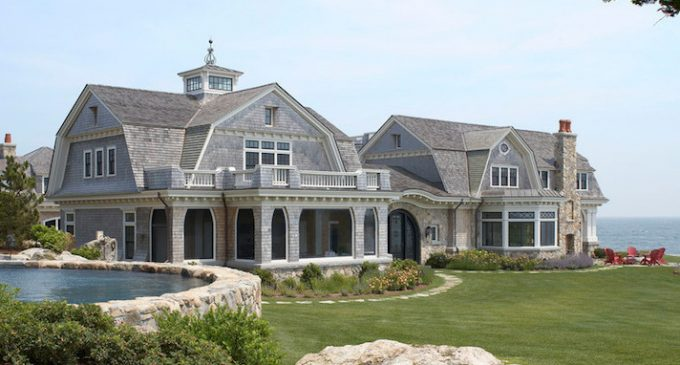Spectacular 17 Acre Seaside Retreat in New England by Oak Hill Architects (PHOTOS)