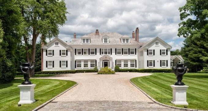 Tom Hanks 'Money Pit' House Reduced to $4.5M, Prev. $12.5M (PHOTOS & VIDEO)